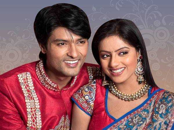 Written episode of Diya Aur Baati Hum on 4th Nov 2015