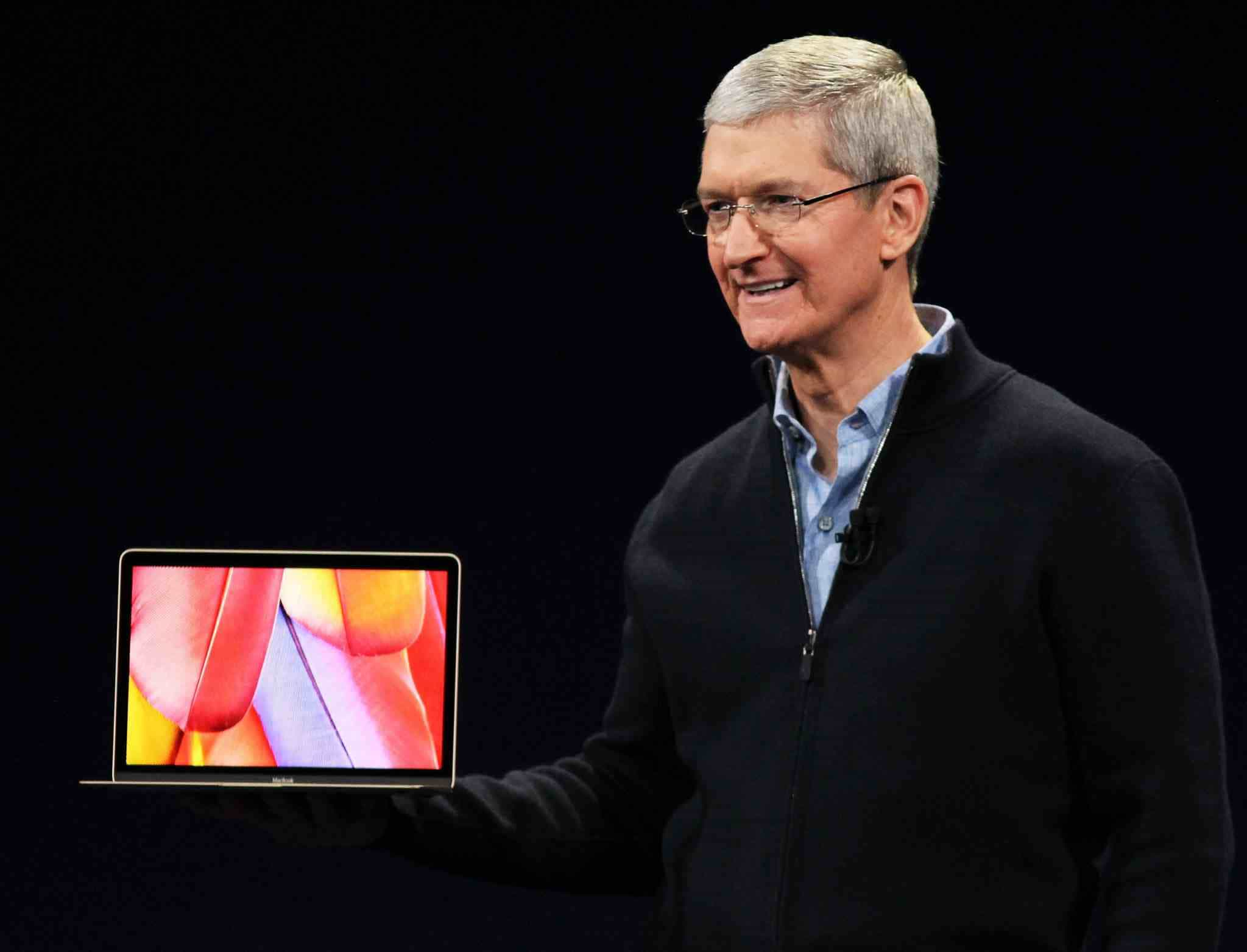 Apple: CEO Tim Cook Says Black Teenagers Getting Ejected From Store Is 'Unacceptable'