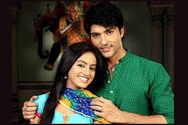 Full written episode of Diya aur baati hum 28th Nov 2015
