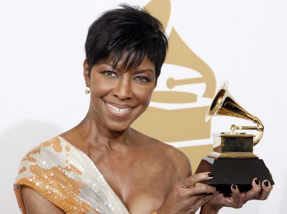 Natalie Cole: R&B Singer and Daughter of Nat King Cole Dies at 65