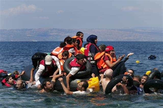 24 Deceased, Including 10 Kids, in Greek Migrant Boat Sinking