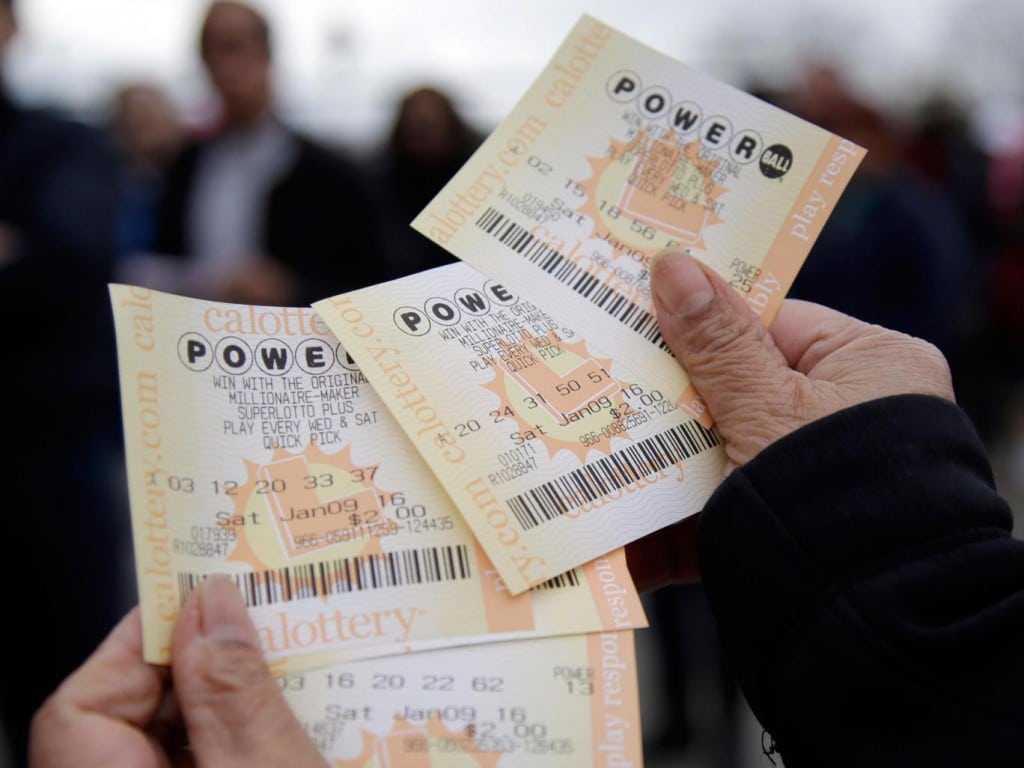 Powerball lottery jackpot soars to $1.3 billion in world record