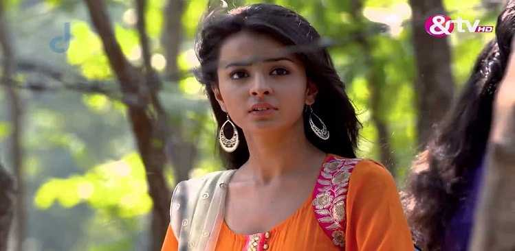 Adhuri Kahani Hamari Written Episode 12th February 2016