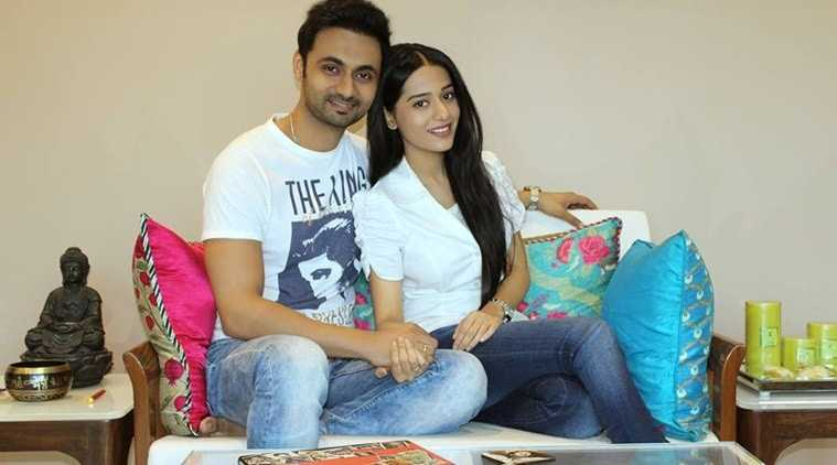 Amrita Rao gets married to RJ Anmol