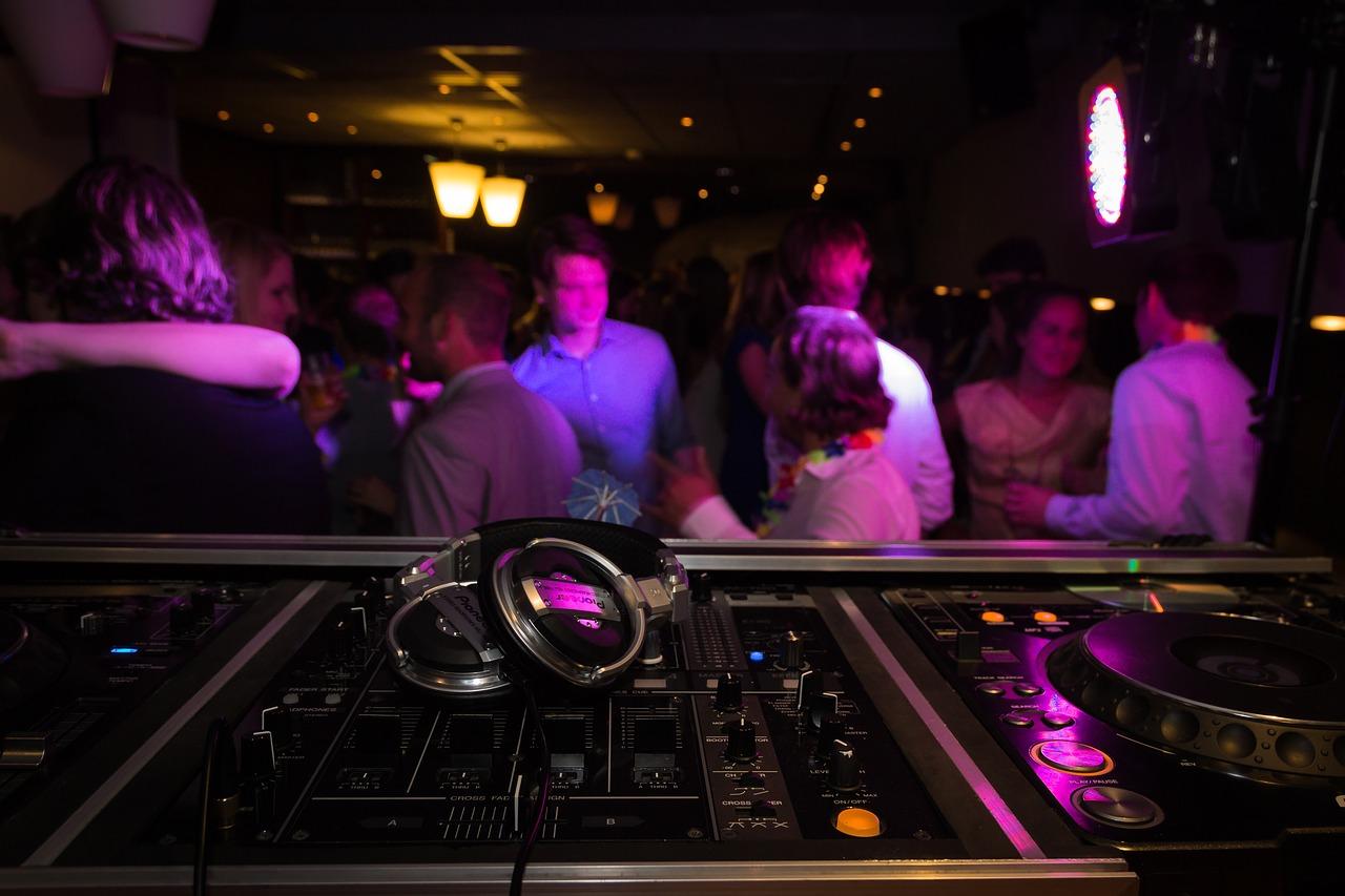 DJ Equipment Has Changed the Nightclub Landscape