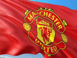 Manchester United searches for winger urgently