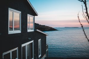 Buying a Waterfront Property: Your 2021 Guide to a Home Near the Water
