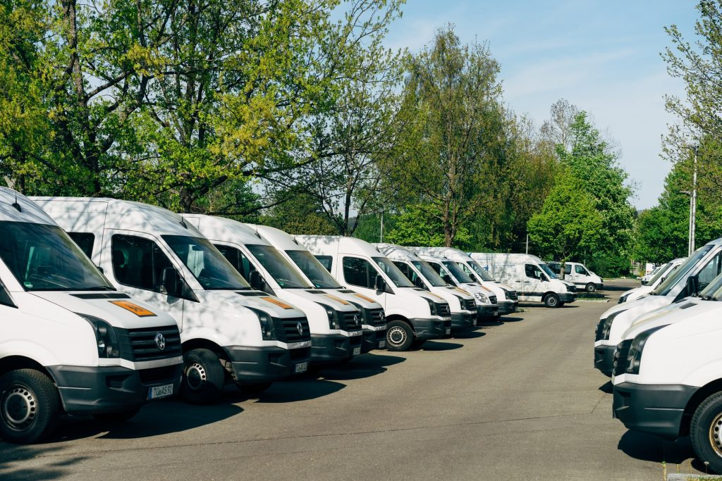 Everything You Should Know When Buying Used Commercial Vehicles