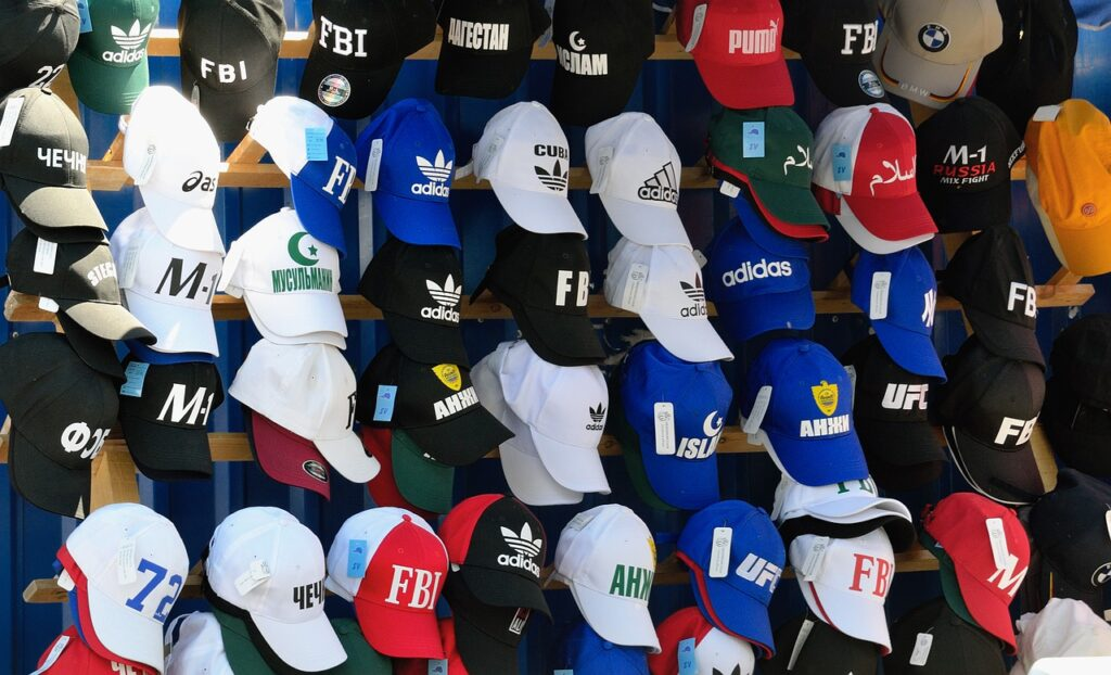 What Are the Best Hats to Wear on Hot Days?