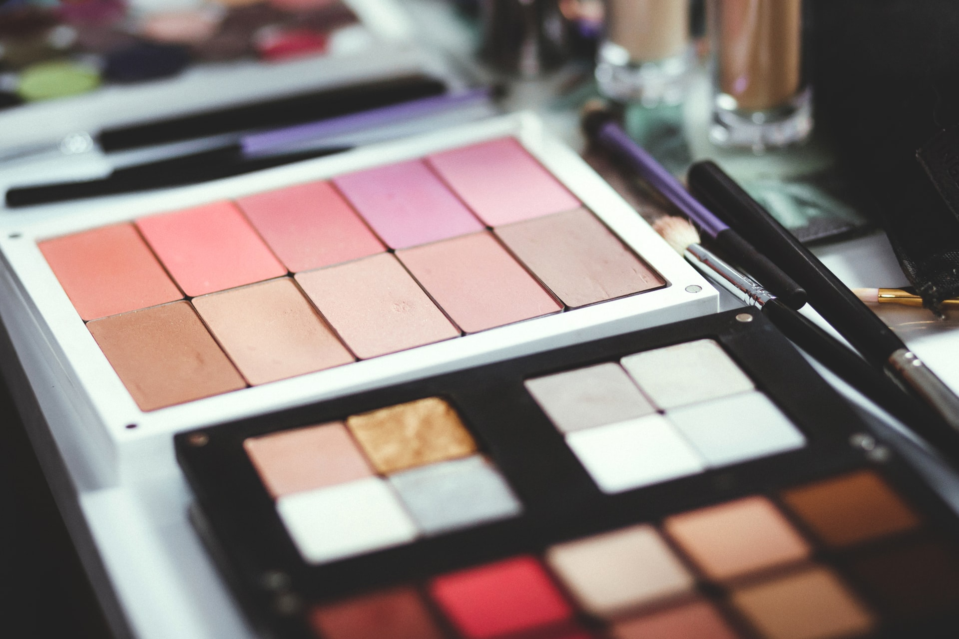 6 Essentials to Add to Your Makeup Collection